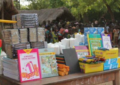 Don de fournitures scolaires dans cinq (05) établissements scolaires