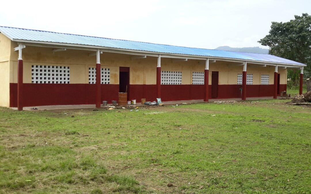 Projet de rénovation complète d'un bâtiment scolaire délabré à Hanyigba-Duga financé par la Touche d'Espoir pour un Avenir Meilleur (T.E.A.M) en 2019
